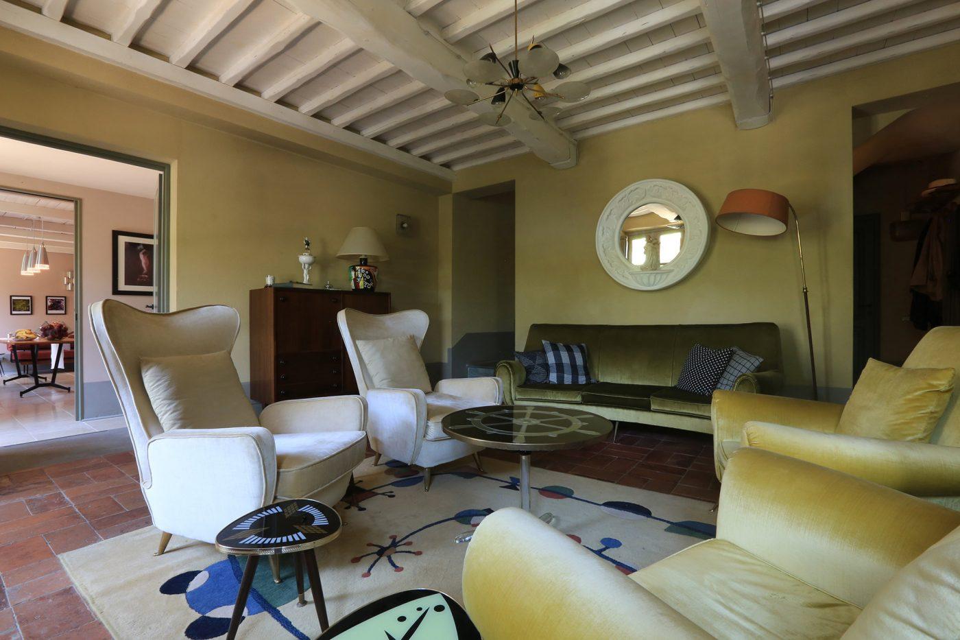 toscana locanda al colle cool spots. Black Bedroom Furniture Sets. Home Design Ideas